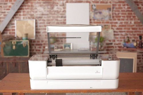 Glowforge's 3D Maker Machine Now Available On Pre-Order