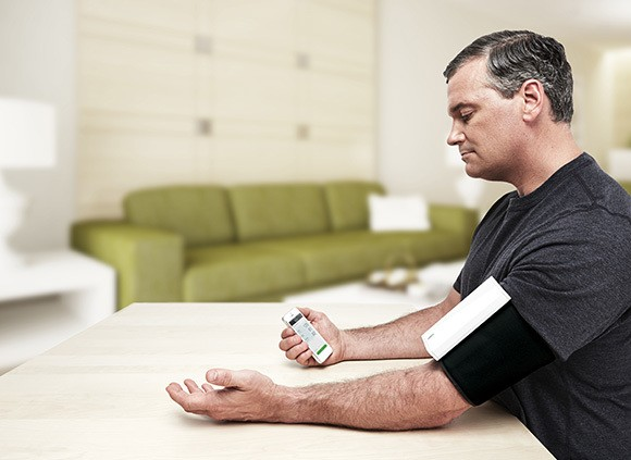 Qardio Puts Its Smart Blood Pressure Monitor On Indiegogo, Aiming To Ship In March