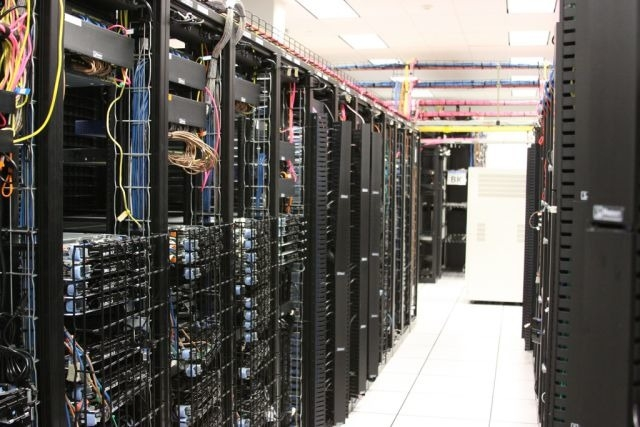 IT Data Center Technologies - Magazine cover