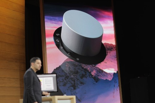 Microsoft shows off a new $100 input method with the Surface Dial