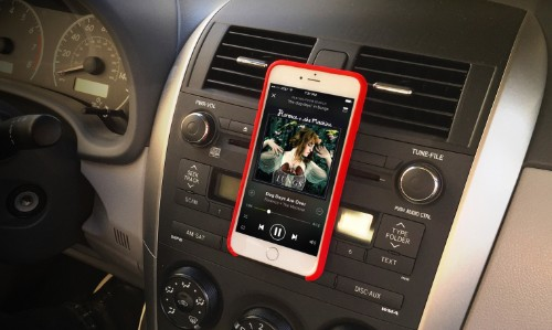 MagBak Now Turns Your iPhone 6 Into A Fancy Magnet