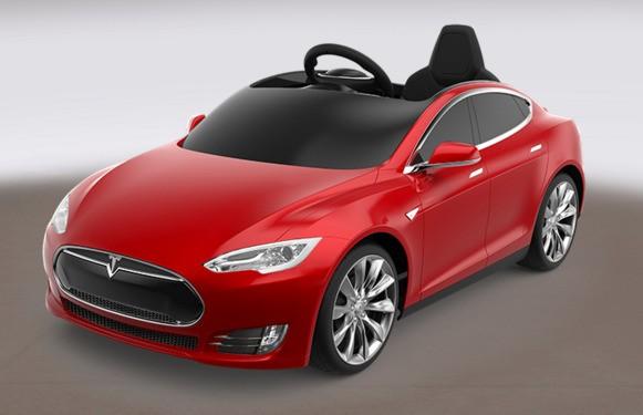 赤いワゴンのおもちゃで有名なRadio FlyerとTeslaが499ドルで子供用電気自動車「Model S」をローンチ