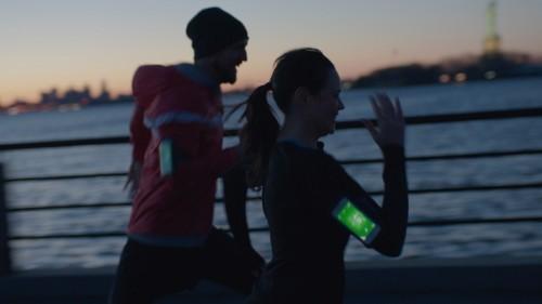 Fitness関連アプリケーションの利用率は、他ジャンルを87%上回る速度で成長中
