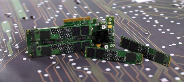 SK하이닉스, 인텔 낸드 사업 인수로 '기업용 SSD 최강자' 노려